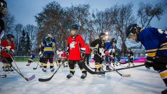 Школа хоккея в Парке Горького 2017